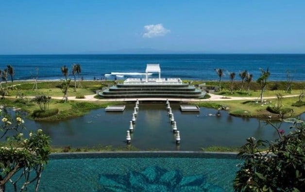 affordable beach front hotel bali