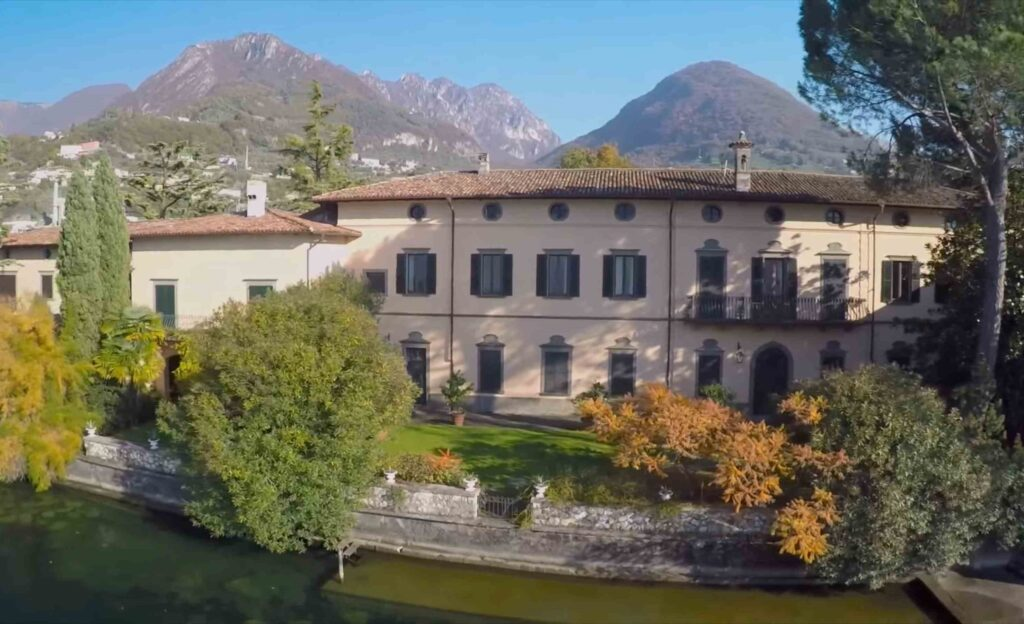 Lake Town in Northern Italy for couple